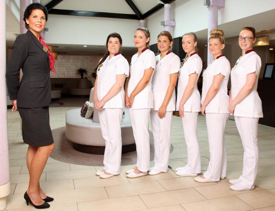 Institut de beauté avec uniforme personnalisé